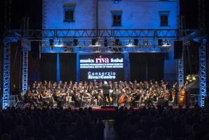 Isaac Karabtchevsky - ORA - Coro Renata Tebaldi di Parma
